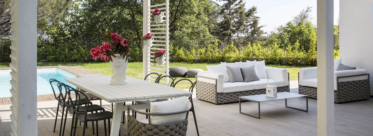Vivereverde arredi per esterni 3d arredo giardino for Arredamenti livorno