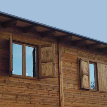Vivereverde salotto da giardino il gigante salotto da for Fioriere in legno obi