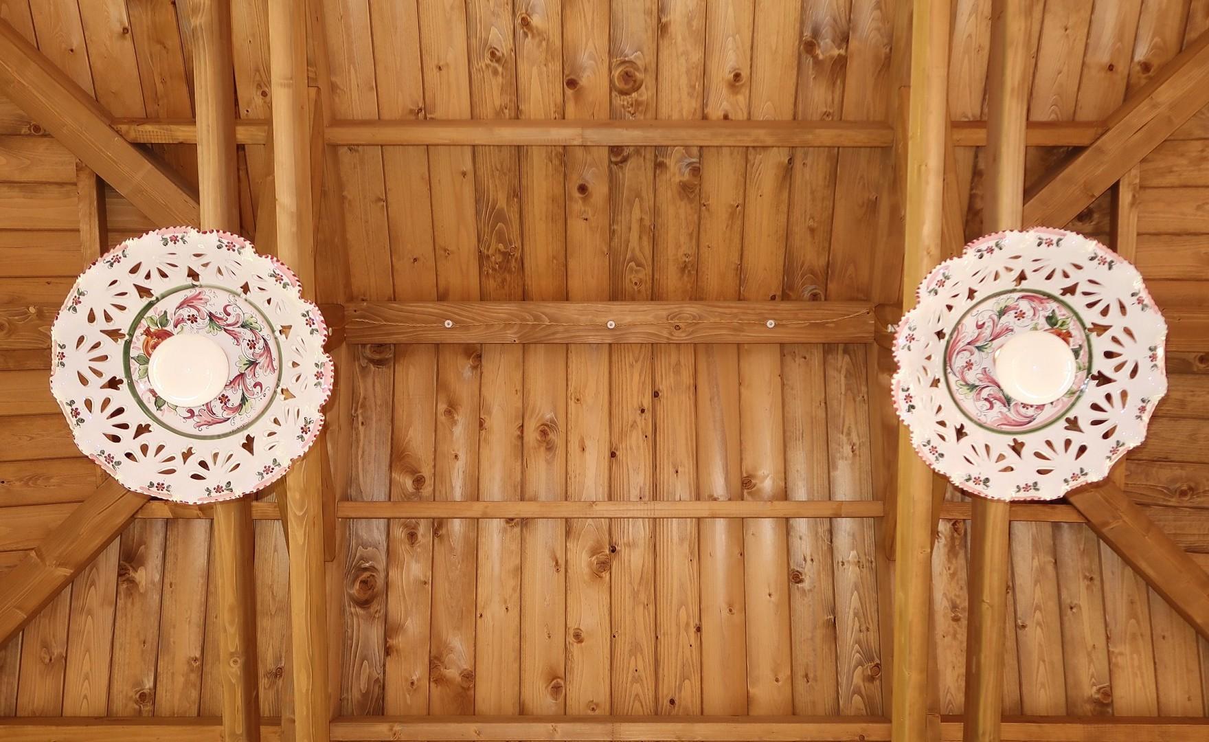 Vivereverde tettoia legno tettoia in legno lamellare for Arredo giardino perugia