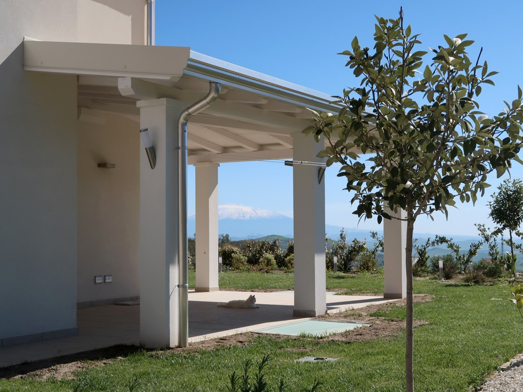 Copertura In Legno Bianco : Vivereverde tettoia legno tettoia in legno lamellare tettoia