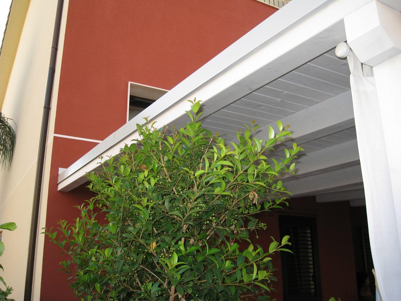 Vivereverde   tettoia legno   tettoia in legno lamellare   tettoia ...