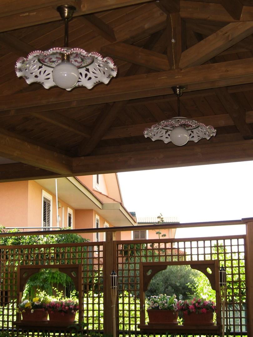 Vivereverde tettoia legno tettoia in legno lamellare for Arredo giardino conforama