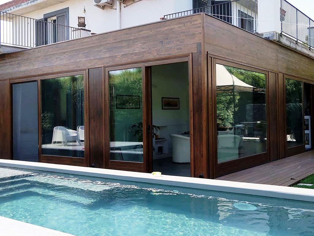 Vivereverde verande chiuse verande in legno verande for Soluzioni x giardino