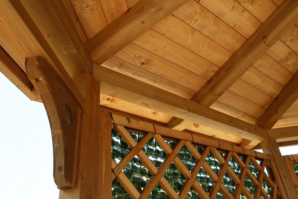 Vivereverde gazebo in legno gazebo in legno lamellare for Bricoman legno lamellare
