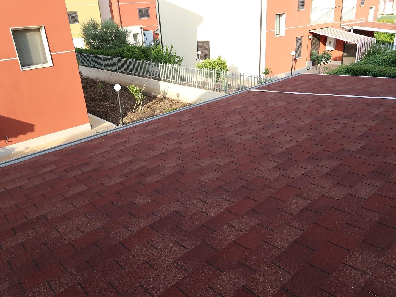 Vivereverde tettoia fotovoltaica tettoia giardino for Arredo giardino conforama