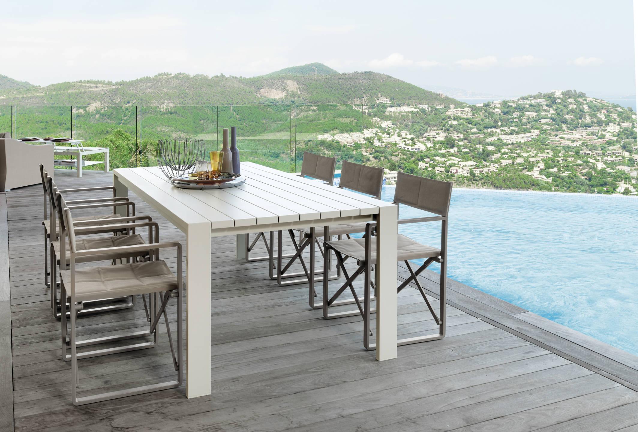 Vivereverde sedia regista chiccollection sedie da for Offerte tavoli e sedie da esterno