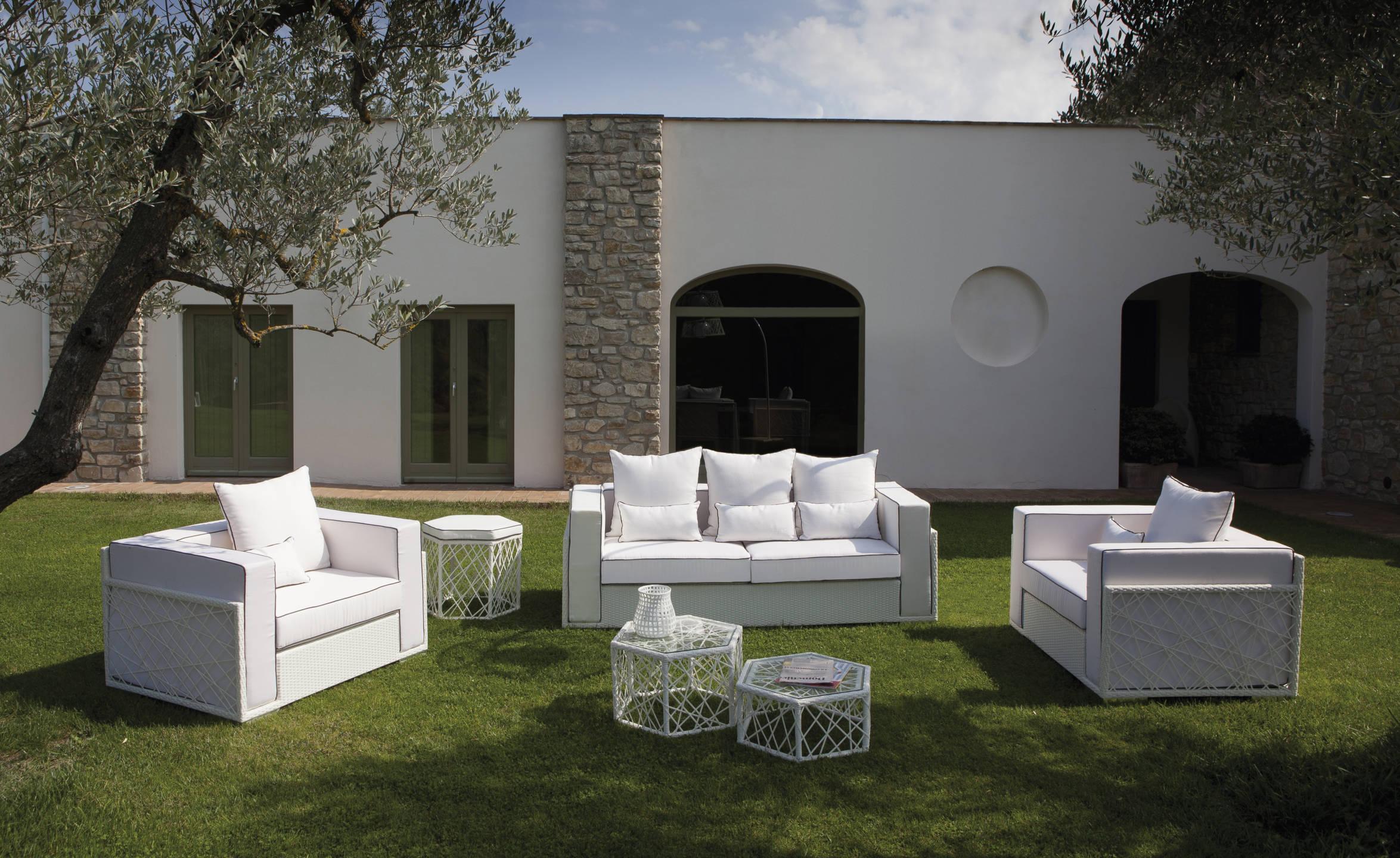 Vivereverde divano moderno spidercollection divani per for Divani per esterno